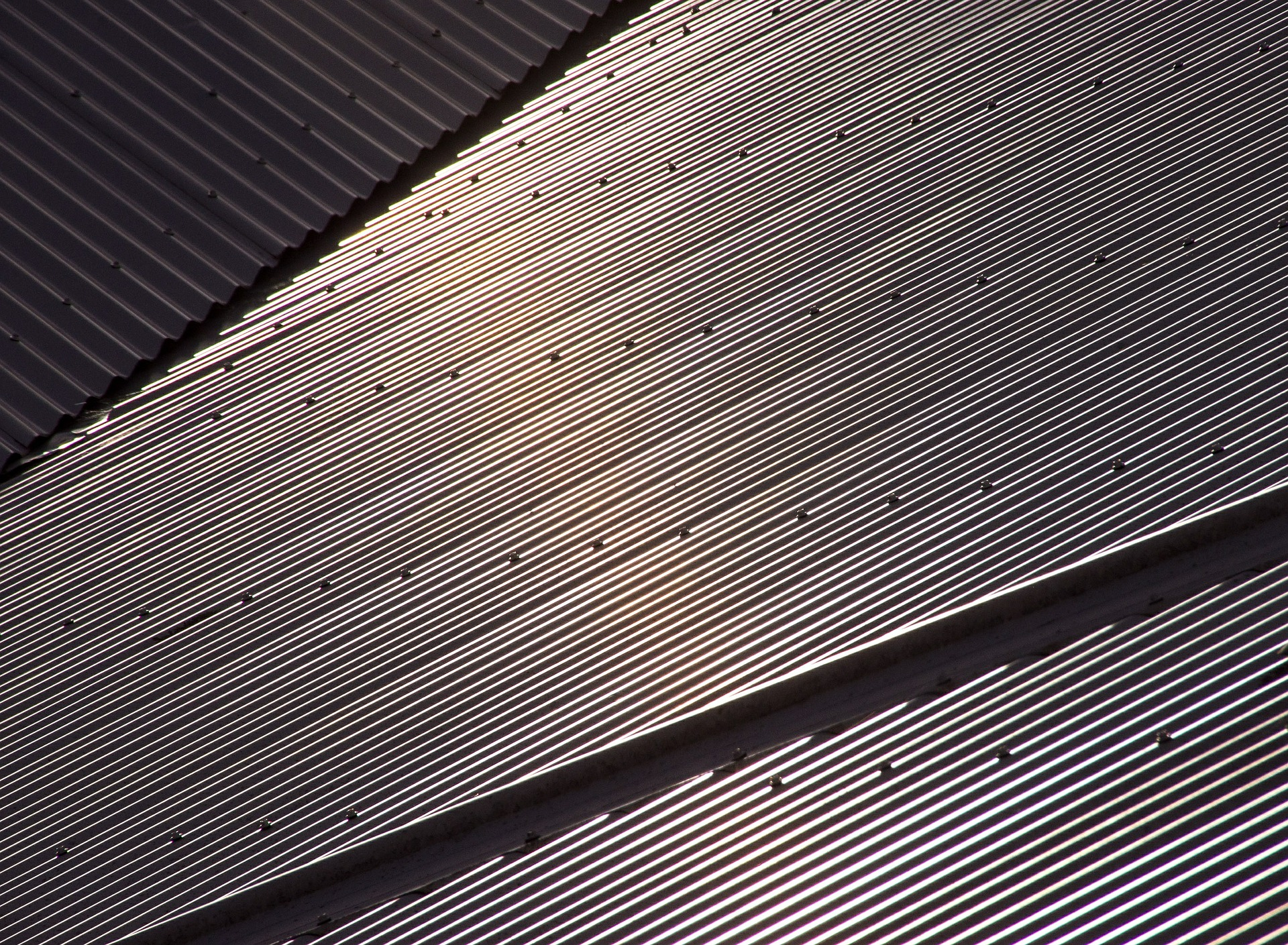 Benefits of a metal commercial roof